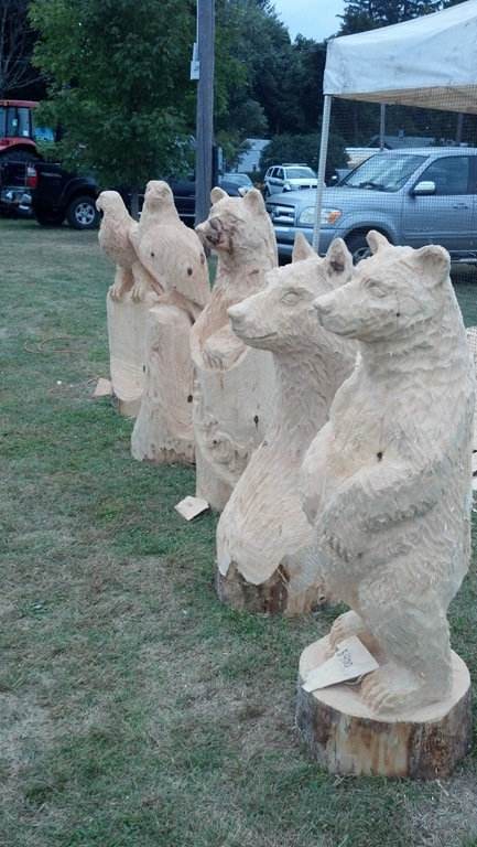 Christmas tree chainsaw carving wood carving made in ohio